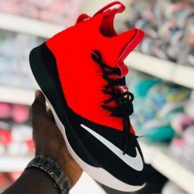 Nike orange noir
